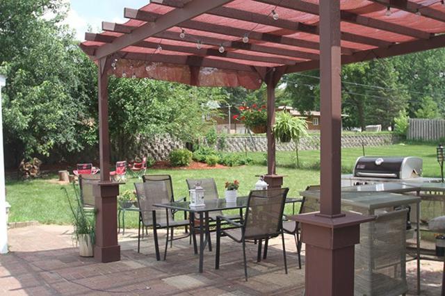 5006 Shore Acres Rd, Monona, WI 53716 (#1832327) :: Nicole Charles & Associates, Inc.