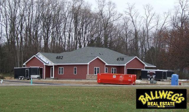 482 Meadow Lark Ln E, Green Lake, WI 54941 (#1843916) :: Nicole Charles & Associates, Inc.