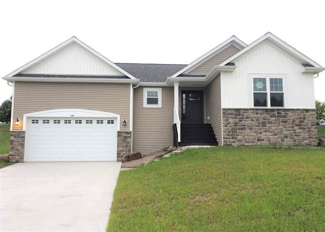 228 Chapel Hill Dr, Johnson Creek, WI 53038 (#1857826) :: HomeTeam4u