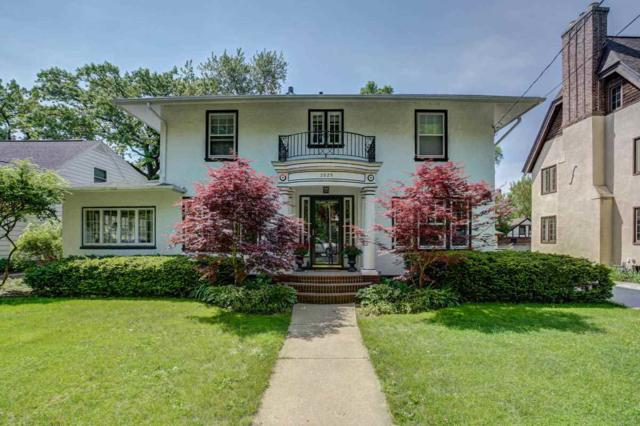 2025 Chadbourne Ave, Madison, WI 53726 (#1827351) :: Nicole Charles & Associates, Inc.
