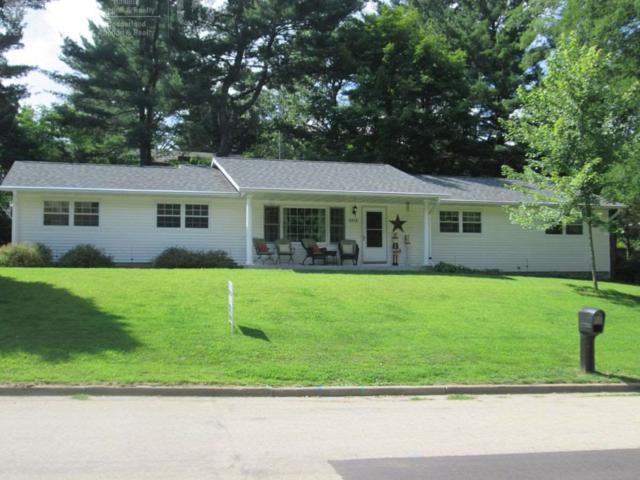1414 Michigan Ave, Wisconsin Dells, WI 53965 (#1838619) :: Nicole Charles & Associates, Inc.