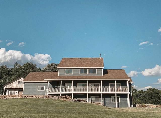 N6642 County Road O, Lake Mills, WI 53559 (#1886178) :: Nicole Charles & Associates, Inc.