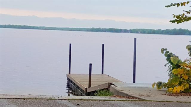 W8257 Lake Terr, Lake Mills, WI 53551 (#1812844) :: Nicole Charles & Associates, Inc.