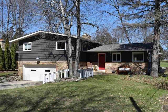506 Leroy Rd, Maple Bluff, WI 53704 (#1902205) :: HomeTeam4u