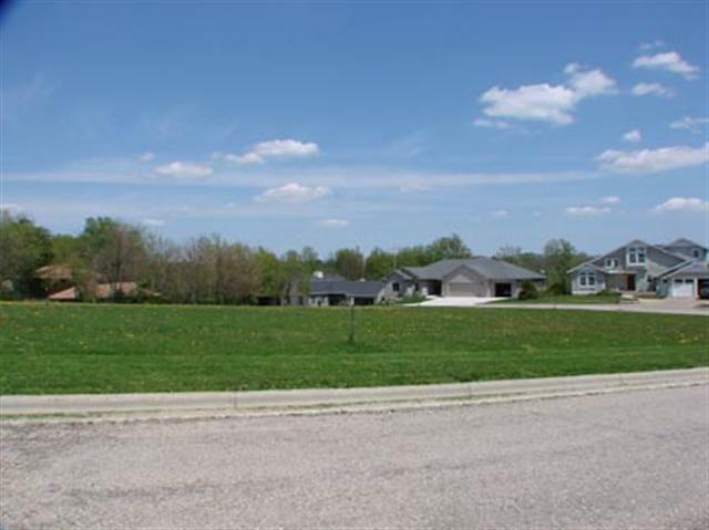 L6 28th St, Monroe, WI 53566 (#1558130) :: HomeTeam4u