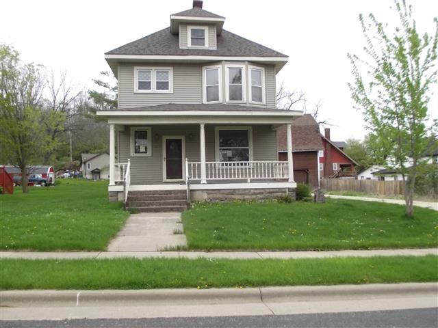 703 Prospect St, Blanchardville, WI 53516 (#1807692) :: Baker Realty Group, Inc.