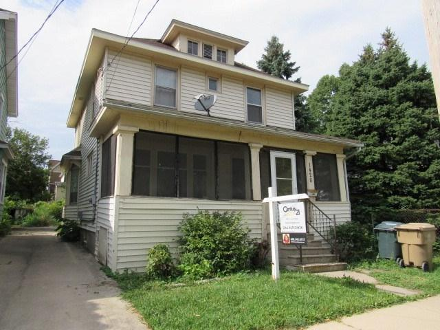 1426 Jenifer St, Madison, WI 53703 (#1808073) :: Baker Realty Group, Inc.