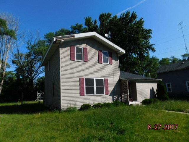 225 E Mullet St, Portage, WI 53901 (#1810755) :: Nicole Charles & Associates, Inc.