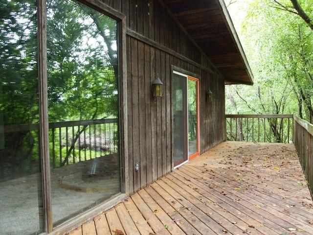 4081 N Pleasant View Rd, Middleton, WI 53562 (#1812445) :: Baker Realty Group, Inc.