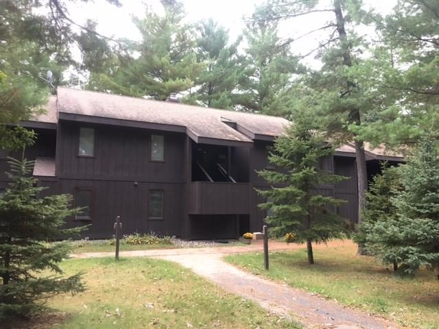 5 Spruce Tr, Springville, WI 53965 (#1815227) :: Nicole Charles & Associates, Inc.