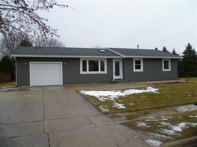 1523 N Page St, Stoughton, WI 53589 (#1820945) :: Nicole Charles & Associates, Inc.