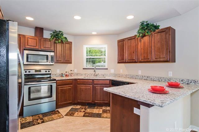 1803-05 Dondee Rd, Madison, WI 53716 (MLS #1825662) :: Key Realty