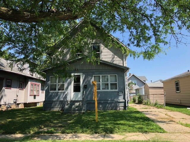 1023 Copeland Ave, Beloit, WI 53511 (#1832216) :: Nicole Charles & Associates, Inc.