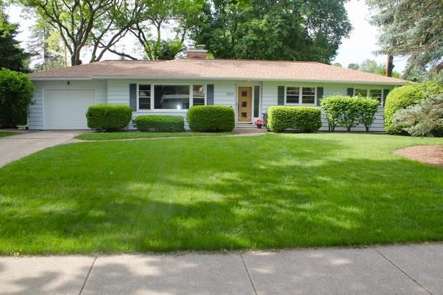 5513 Russett Rd, Madison, WI 53711 (#1833386) :: Nicole Charles & Associates, Inc.
