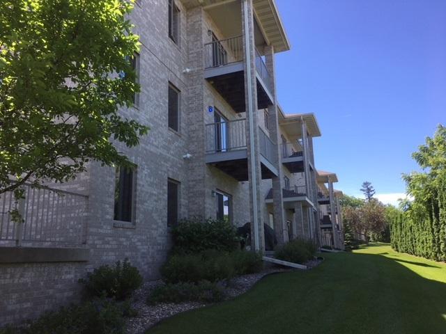 246 Fairview Cir, Waunakee, WI 53597 (#1833518) :: HomeTeam4u