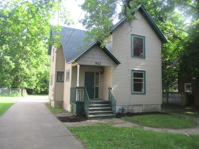923 Euclid Ave, Beloit, WI 53511 (#1833858) :: HomeTeam4u