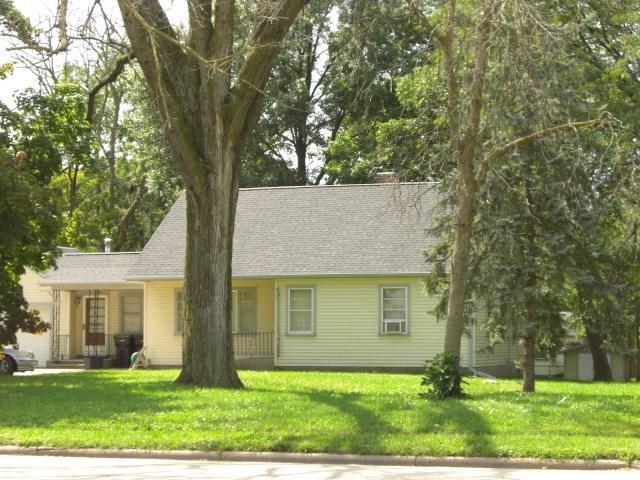 1930 Prairie Ave, Beloit, WI 53511 (#1834341) :: Nicole Charles & Associates, Inc.