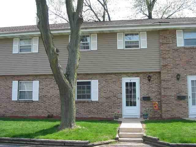 1325 Tompkins Dr, Madison, WI 53716 (#1834797) :: Nicole Charles & Associates, Inc.