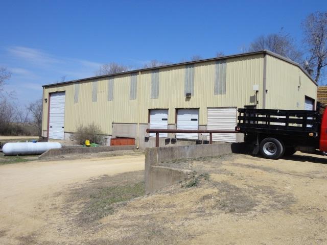 5855 Pleasant Valley Rd, Platteville, WI 53818 (#1834876) :: Nicole Charles & Associates, Inc.