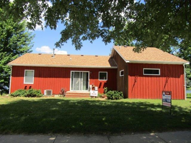 206 Lake St, Pardeeville, WI 53954 (#1836461) :: Nicole Charles & Associates, Inc.