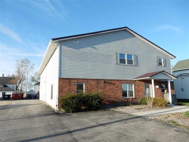 410 Linden St, Lancaster, WI 53813 (#1837276) :: Nicole Charles & Associates, Inc.