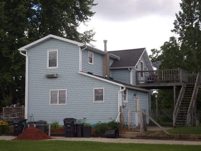 801 N Glendale Ave, Tomah, WI 54660 (#1837837) :: Nicole Charles & Associates, Inc.