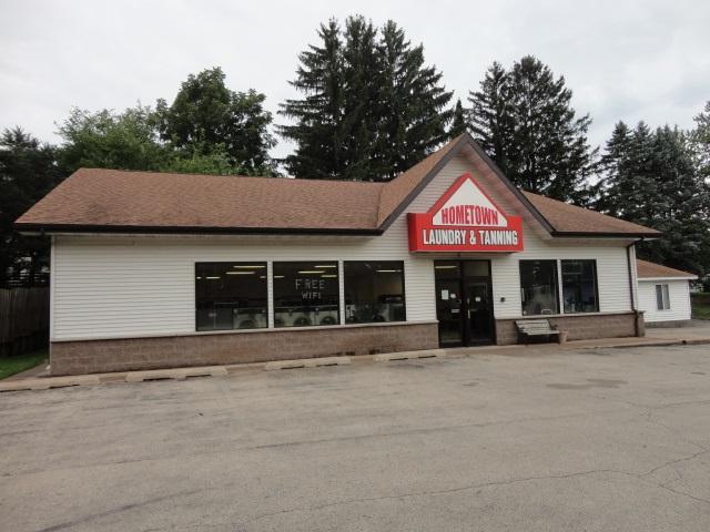 455 W Adams St, Platteville, WI 53818 (#1838463) :: Nicole Charles & Associates, Inc.