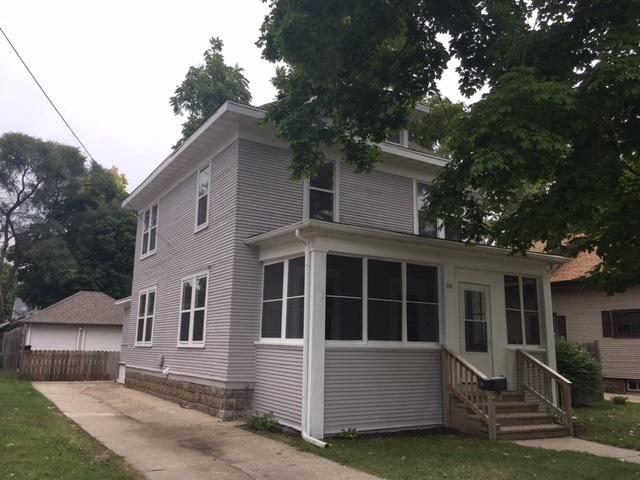 751 Vernon Ave, Beloit, WI 53511 (#1842482) :: HomeTeam4u