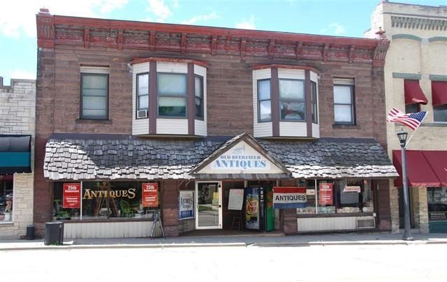 35-37 N Main St, Deerfield, WI 53531 (#1843106) :: Nicole Charles & Associates, Inc.