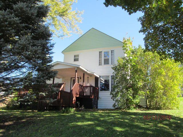305 S Madison St, Montfort, WI 53569 (#1843839) :: HomeTeam4u