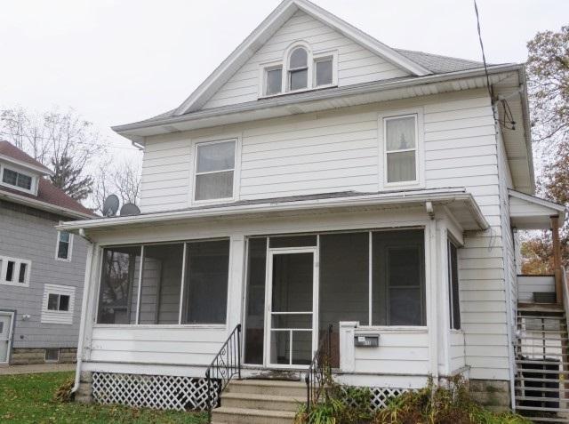 613-615 Milton Ave, Janesville, WI 53545 (#1844987) :: Nicole Charles & Associates, Inc.