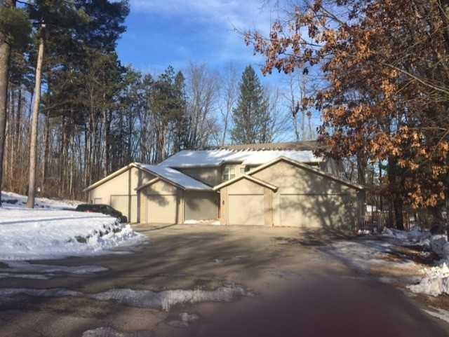 306 E 8th St, Westfield, WI 53964 (#1847099) :: HomeTeam4u