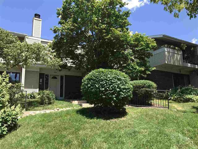 5520 Century Ave, Middleton, WI 53562 (#1847672) :: Nicole Charles & Associates, Inc.