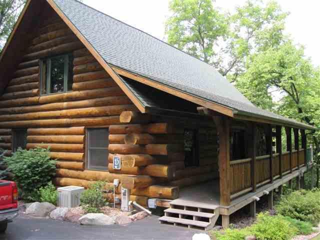 1297 Canyon Rd, Lake Delton, WI 53940 (#1852545) :: Nicole Charles & Associates, Inc.