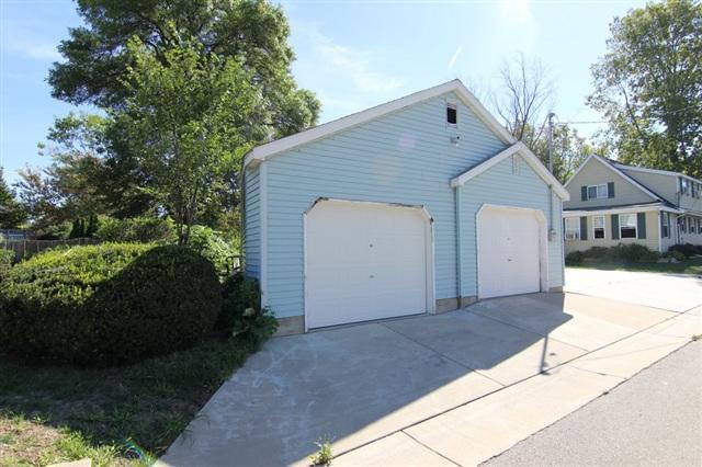 L5 Card Ave, Mcfarland, WI 53558 (#1852833) :: HomeTeam4u