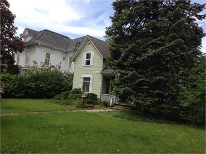 1144 Prairie Ave, Beloit, WI 53511 (#1853772) :: Nicole Charles & Associates, Inc.