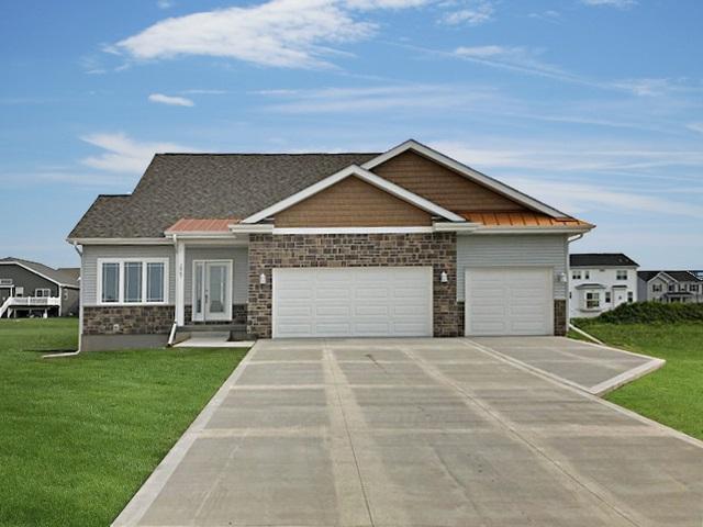 374 Scott Tr, Sun Prairie, WI 53590 (#1853919) :: Nicole Charles & Associates, Inc.