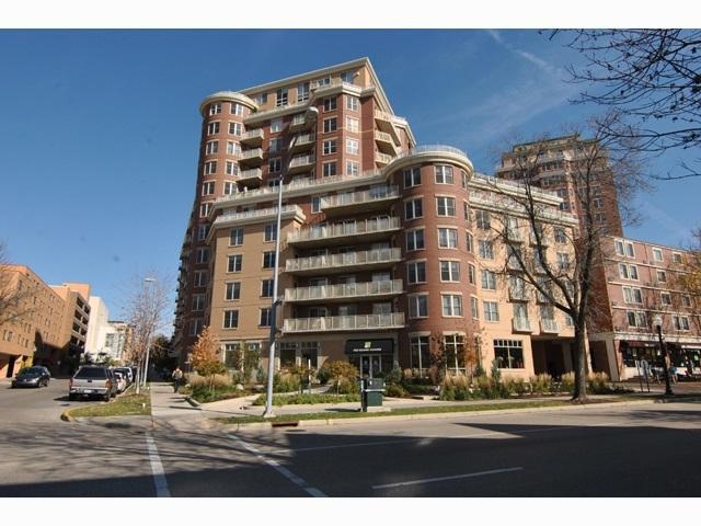333 W Mifflin St, Madison, WI 53703 (#1855013) :: Nicole Charles & Associates, Inc.