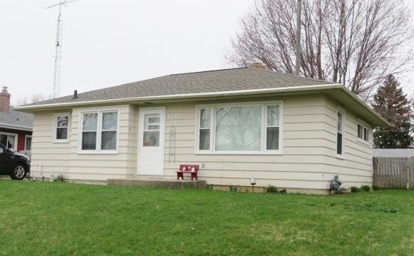 1242 Marquette St, Janesville, WI 53546 (#1855102) :: HomeTeam4u