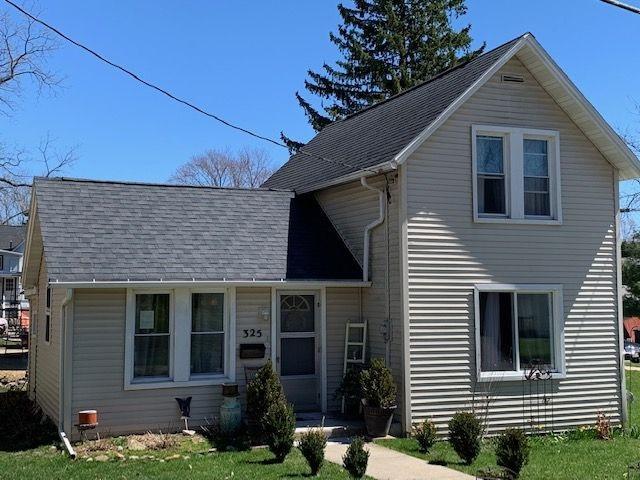 325 S Academy Street, Stoughton, WI 53589 (#1855158) :: Nicole Charles & Associates, Inc.