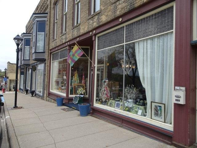 114 High St, Mineral Point, WI 53565 (#1856972) :: Nicole Charles & Associates, Inc.