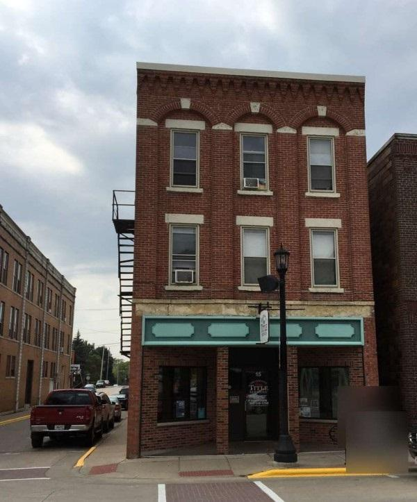 15 W Main St, Platteville, WI 53818 (#1857048) :: Nicole Charles & Associates, Inc.