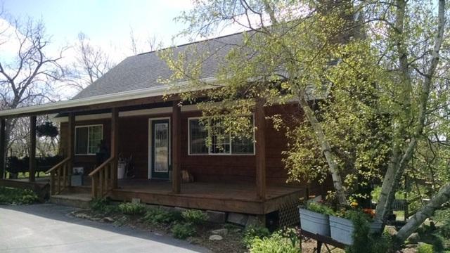 107 E South St, South Wayne, WI 53587 (#1857620) :: Nicole Charles & Associates, Inc.