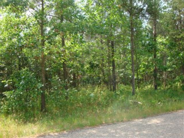 L232 Woodland Tr, Germantown, WI 53950 (#1857725) :: Nicole Charles & Associates, Inc.
