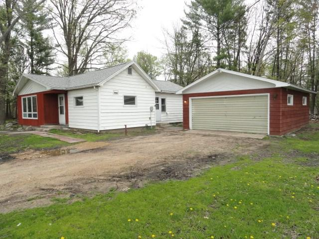 N1574 5th Rd, Moundville, WI 53930 (#1857907) :: Nicole Charles & Associates, Inc.