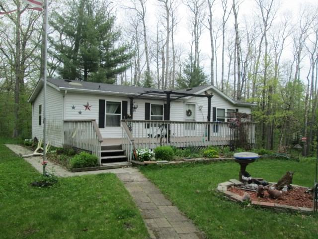2974 5th Ln, New Chester, WI 53936 (#1858003) :: Nicole Charles & Associates, Inc.