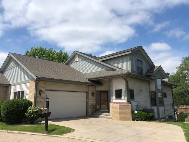 1016 Rooster Run, Middleton, WI 53562 (#1860828) :: Nicole Charles & Associates, Inc.