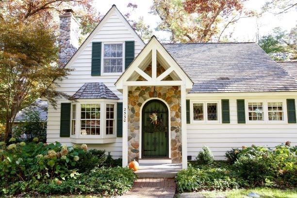 2530 Marshall Pky, Madison, WI 53713 (#1860864) :: Nicole Charles & Associates, Inc.
