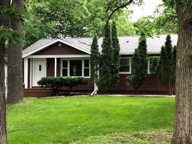 1 N Rosa Rd, Madison, WI 53705 (#1861292) :: Nicole Charles & Associates, Inc.