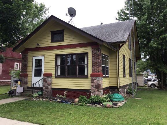 301 Mary St, Cambria, WI 53923 (#1861812) :: HomeTeam4u